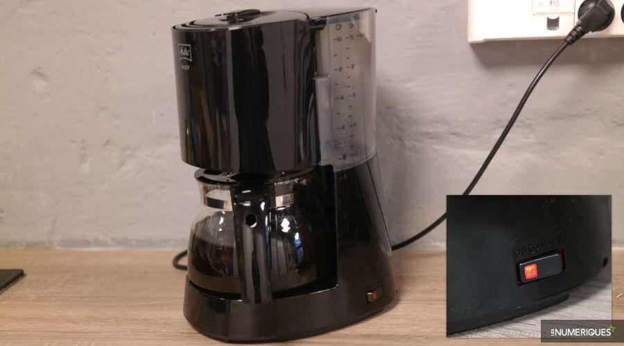 Test-cafetiere-filtre-Melitta-Enjoy-bouton-on-off.jpg