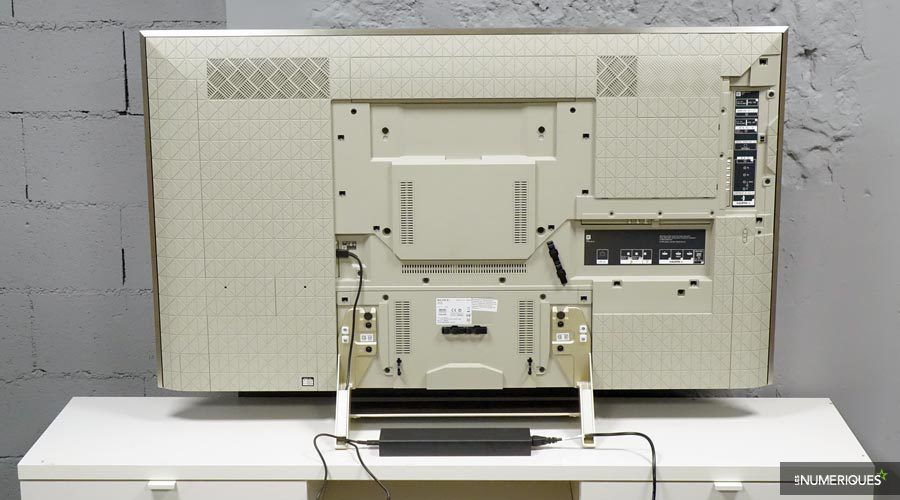 Sony-55XE9305-1-l.jpg
