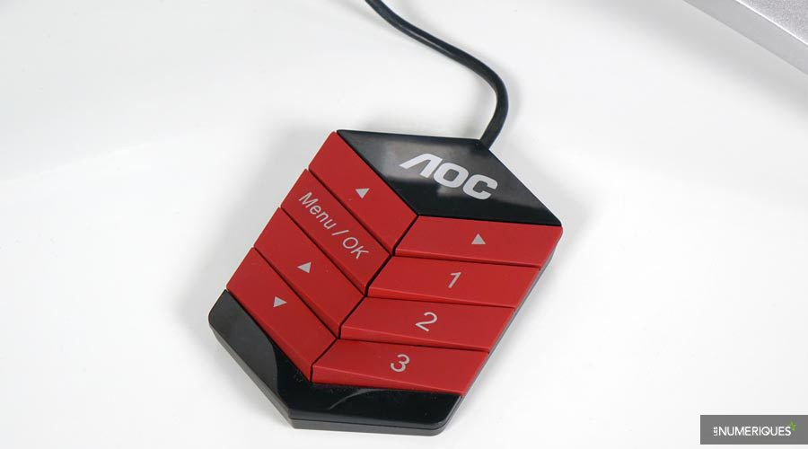 1_AOC-352QCX-4.jpg