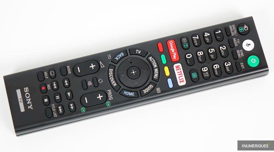 Sony-65XE8505-telecommande.jpg