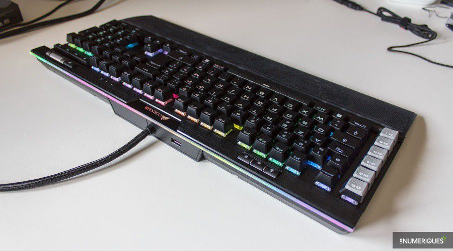 Corsair_K95-RGB-Platinum_Test_02.jpg