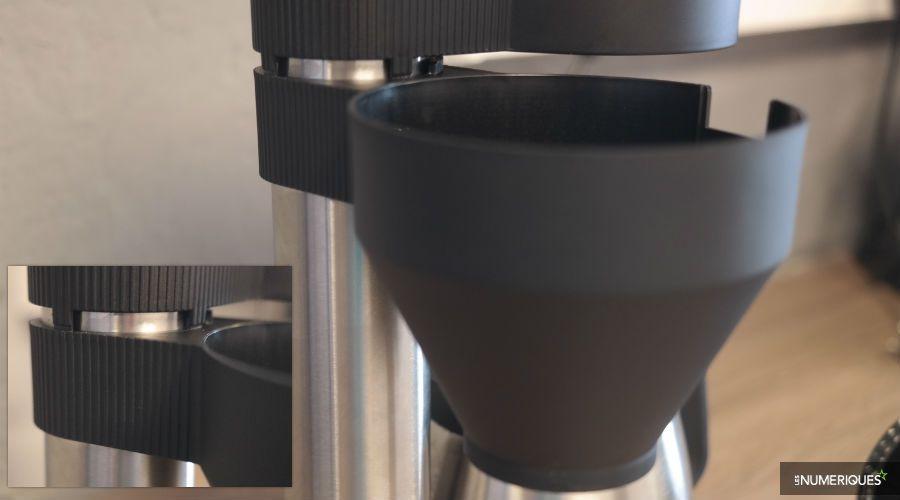 Test-Severin-Caprice-KA-5743-port-filtre-pivotant.jpg