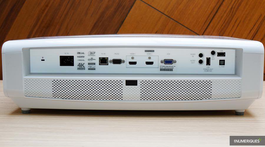 Optoma-UHD550X-5-l.jpg