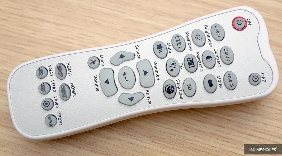 Optoma-UHD550X-telec-jour.jpg