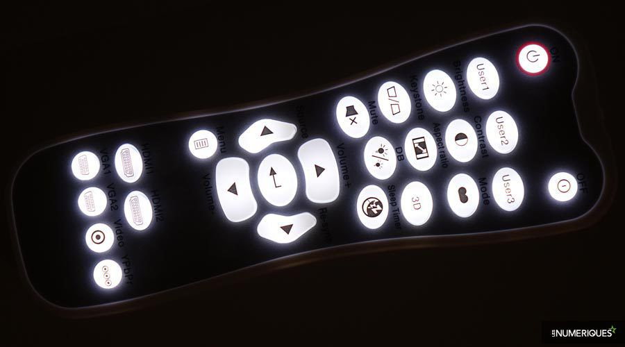 Optoma-UHD550X-telec-nuit.jpg