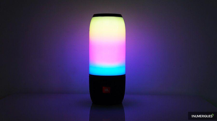 1_LN_JBL_Pulse_3_Light.jpg