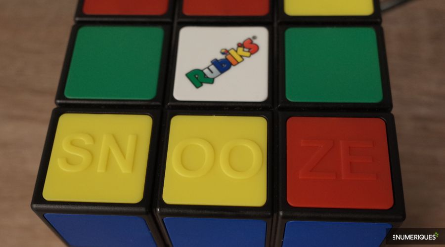 test-Bigben-RR80-Rubik-snooze.jpg