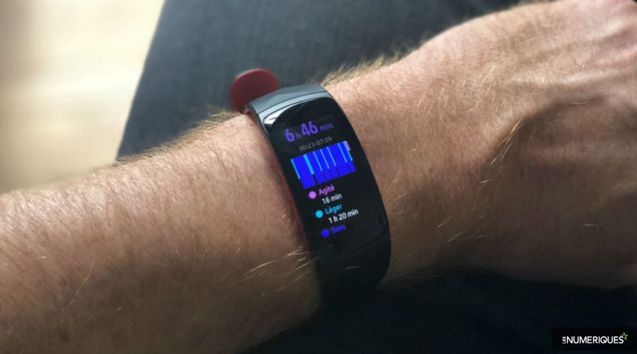 test-samsung-gear-fit2-pro-k.jpg