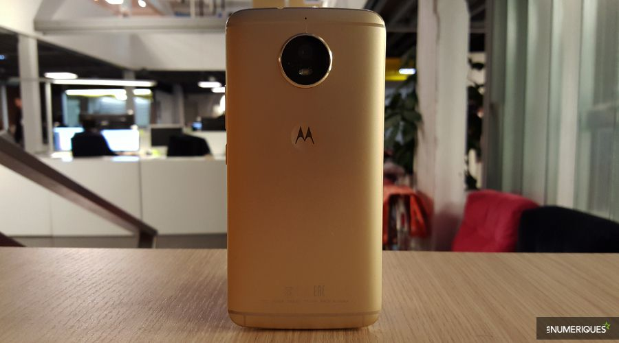 Motorola_Moto_G5_Dos.jpg