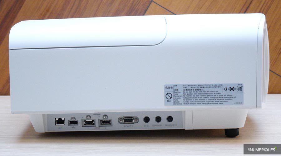 Sony-VW260ES-4.jpg