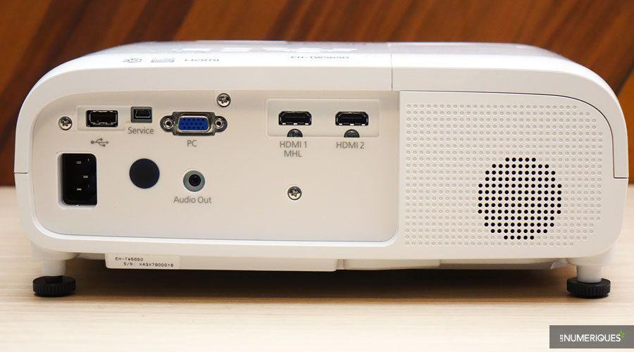 Epson-EH-TW5650-3.jpg
