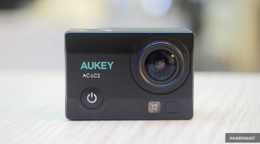 aukey-AC-LC2-1.jpg