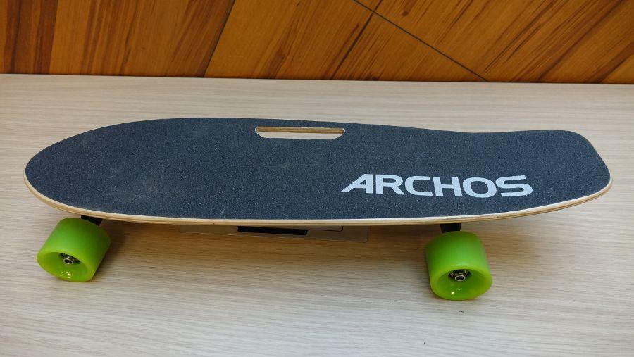Test du skate électrique Archos SK8, dessus