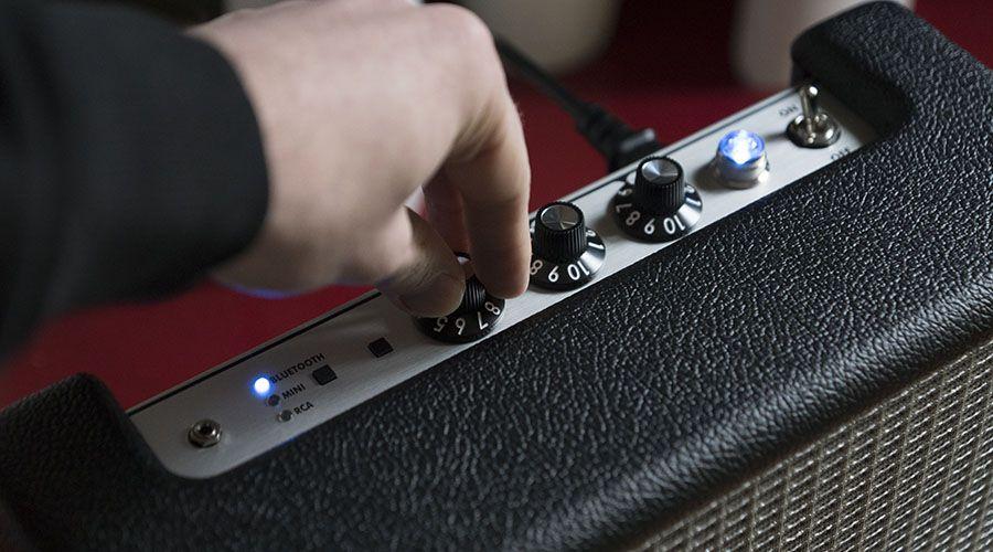 Fender_Monterey-p03.jpg