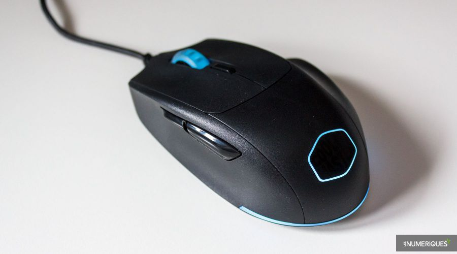 Cooler-Master_MasterMouse_MM520_Test_01.jpg