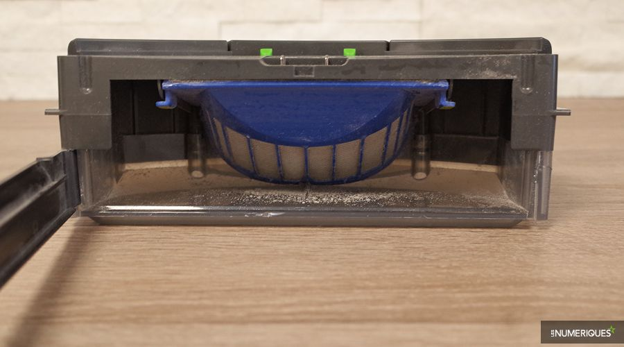 Test-iRobot-Roomba-696-Filtre.jpg