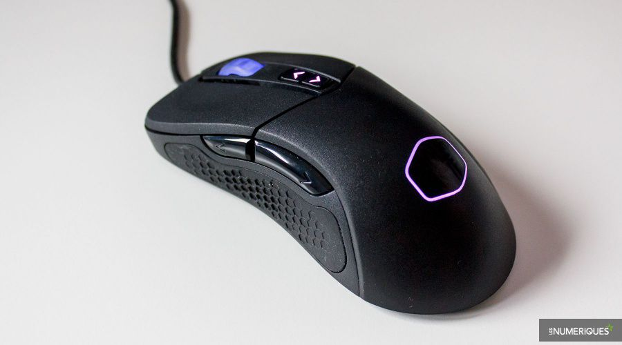 Cooler-Master_MasterMouse_MM530_Test_01.jpg
