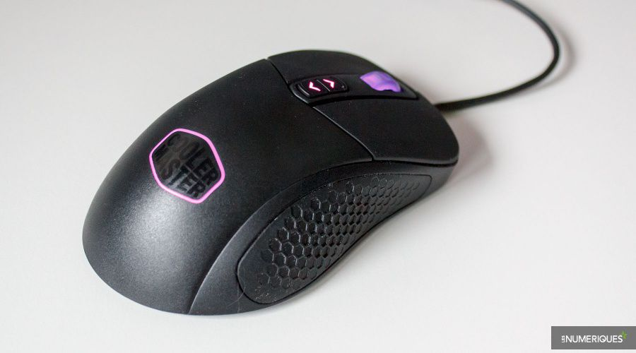 Cooler-Master_MasterMouse_MM530_Test_04.jpg