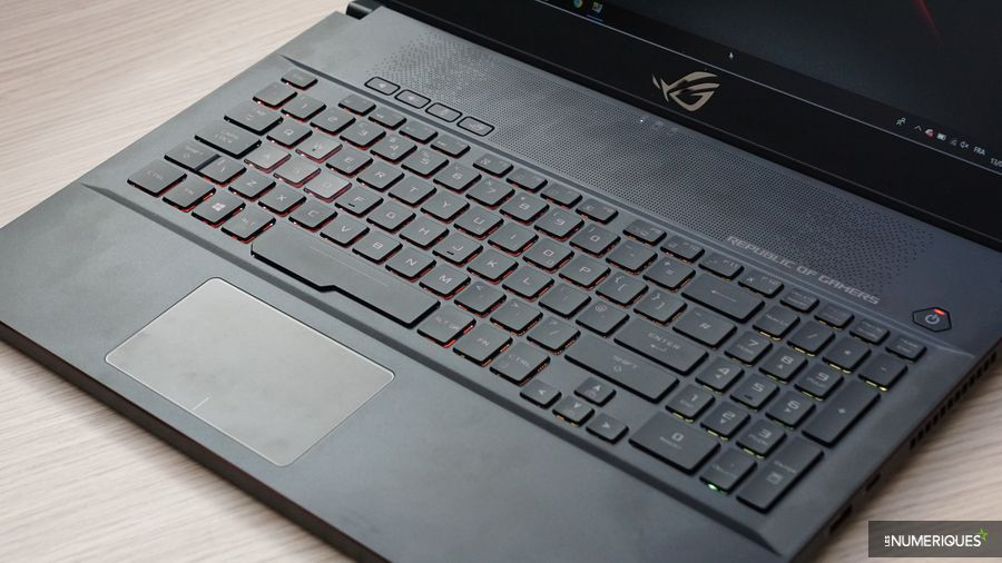 Test PC gaming Zephyrus M (GM501GS), clavier et touchpad