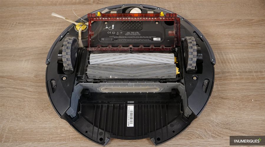 Test-iRobot-Roomba-966-brosses.jpg