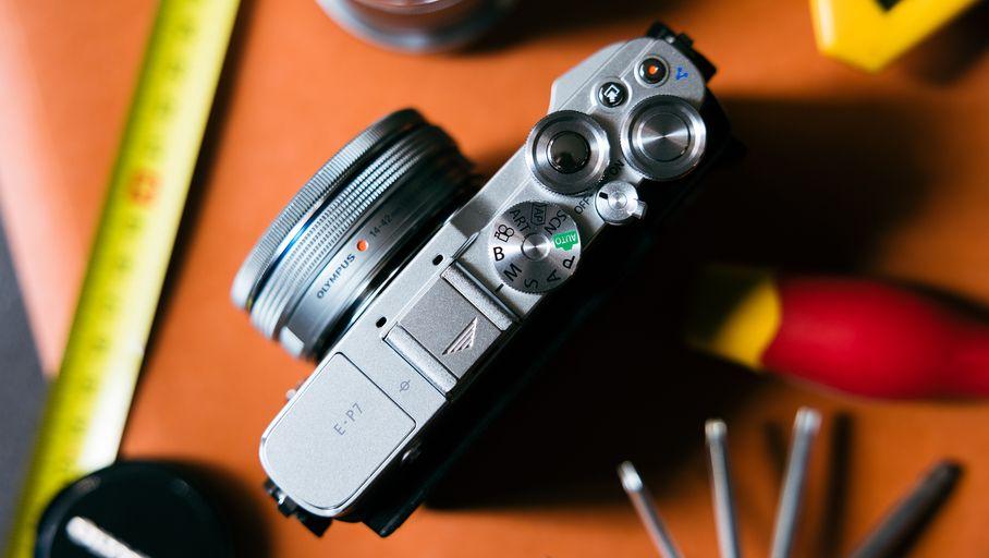 Test Hybride Micro 4/3 Olympus Pen E-P7 : un appareil phot réussi doté de nombreuses options créatives