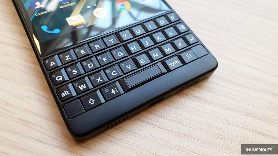 blackberry-key2-clavier.jpg