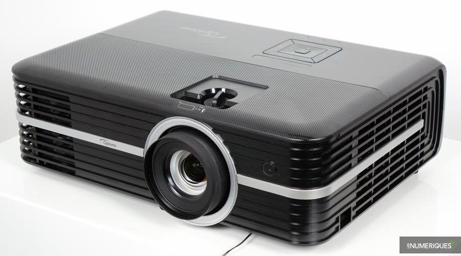 Optoma-UHD350X-3.jpg