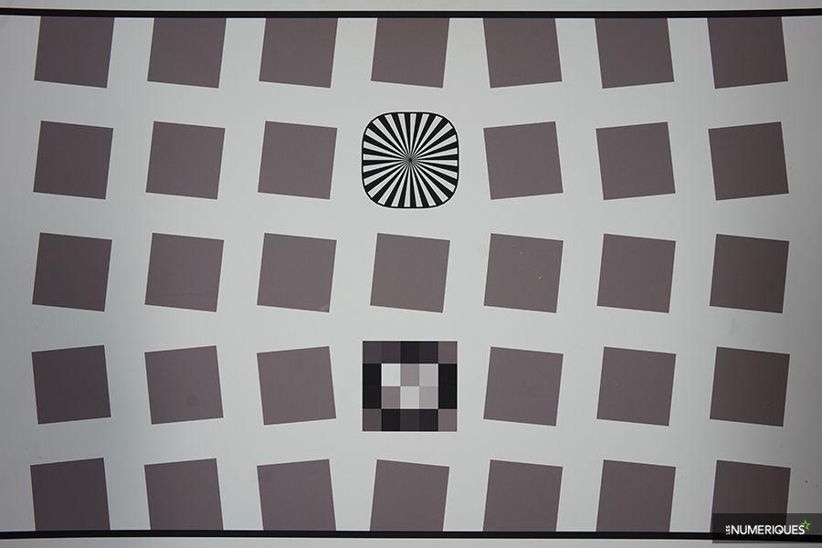 test_samyang_24mm_FE_distorsion.jpg