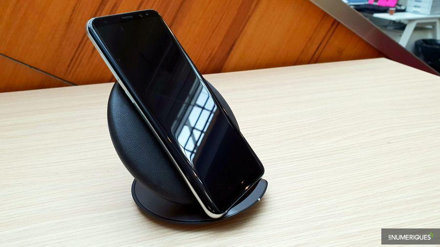 chargeur-samsung-EP-PG950-smartphone.jpg