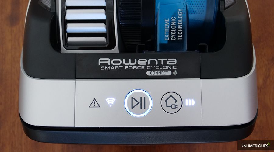 Test-Rowenta-Smart-Power-Cyclonic-Connect-touches-physiques.jpg