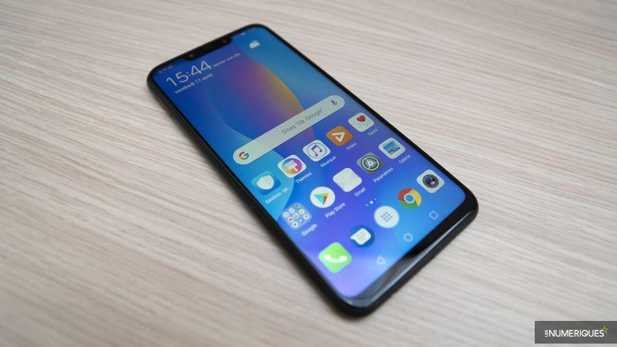Huawei-P-SmartPlus-01.jpg
