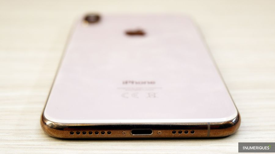 apple-iphone-xs-max-bas.jpg