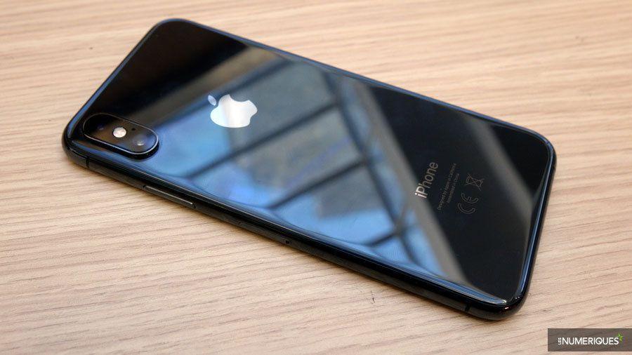 apple-iphone-xs-dos.jpg