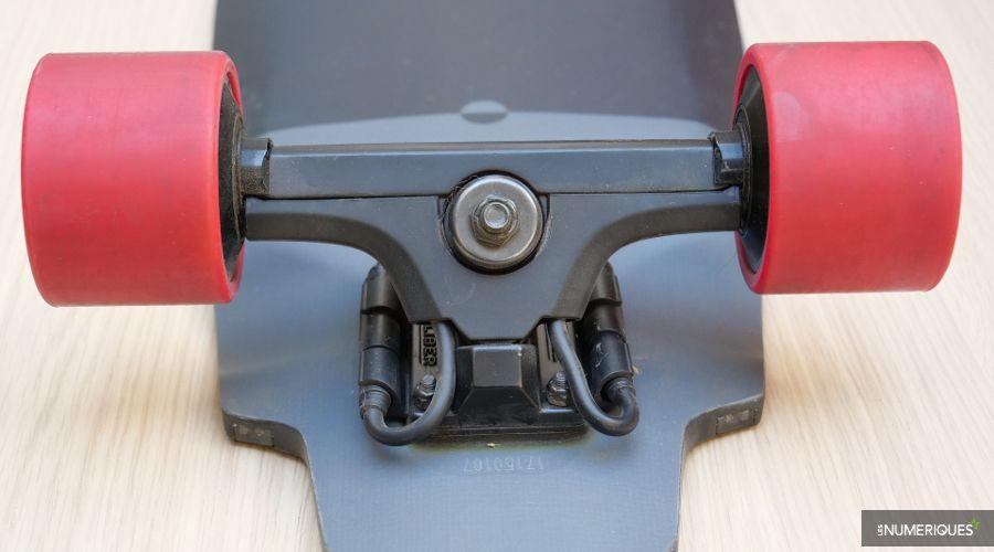 M1_Inboard_skate_electrique_4.JPG