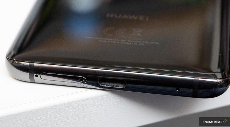 Huawei_Mate_20_Pro_USB-C.jpg
