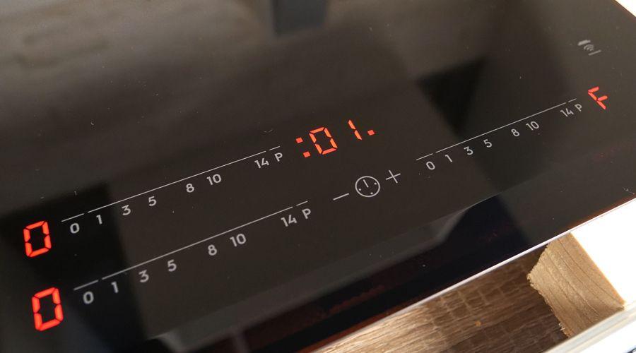 test-Electrolux EIV63341BK-minuteur.jpg