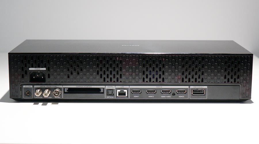 Samsung-75Q900R-3-l.jpg