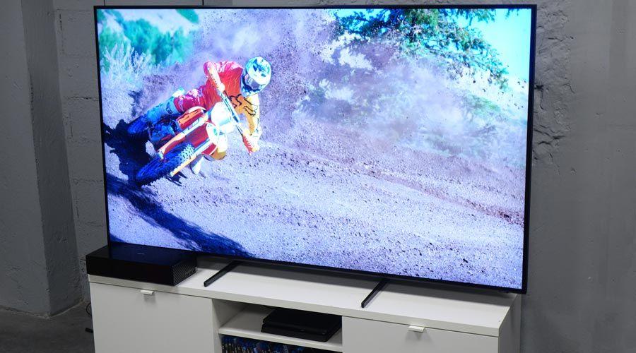 Samsung-75Q900R-6.jpg