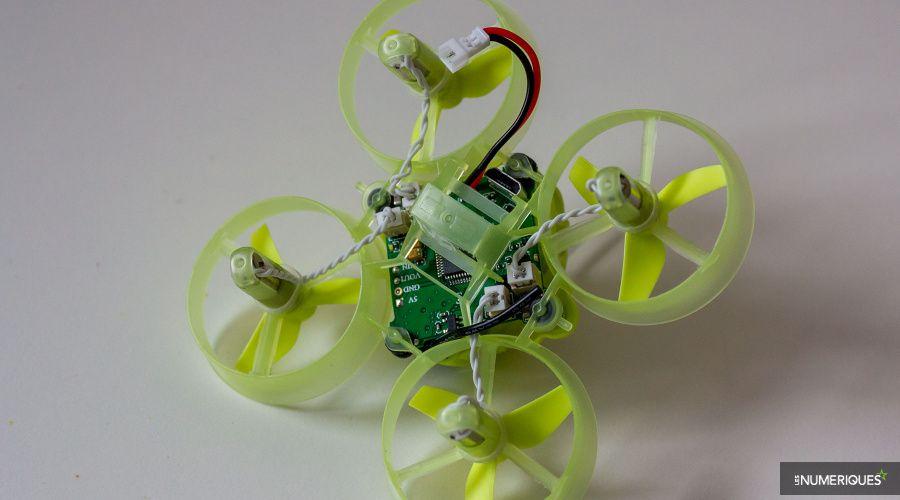 Mini-drone_Quadrirotor_Eachine_QX65_Test_03.jpg