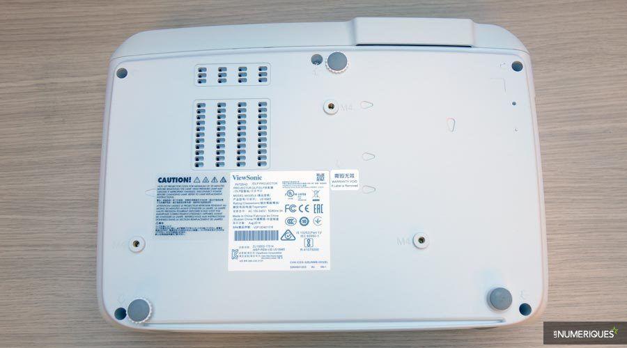 ViewSonic-PX725HD-3.jpg