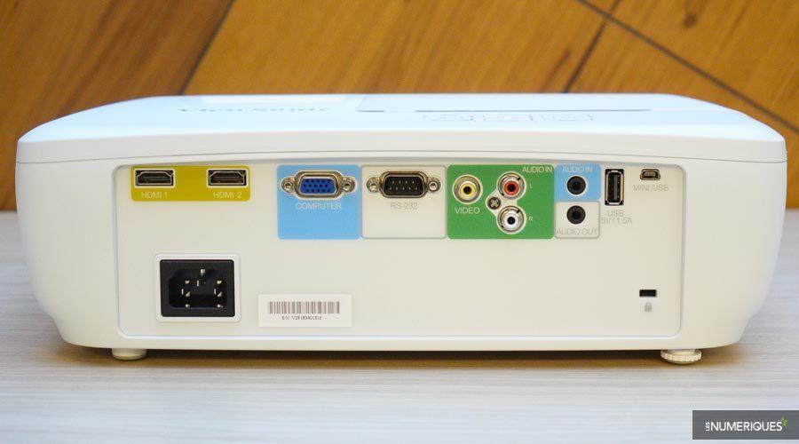ViewSonic-PX725HD-5.jpg
