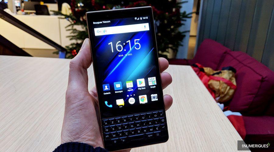 blackberry-key2-le-face.jpg