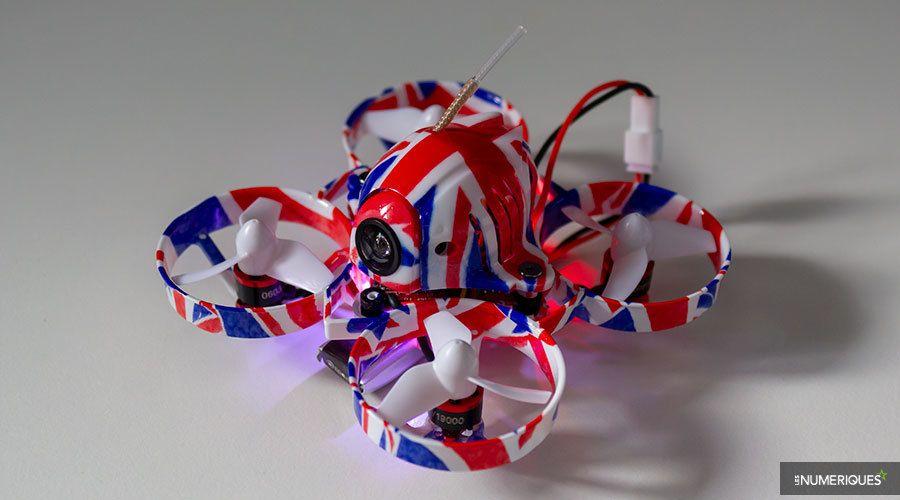 Mini-drone_Quadrirotor_Eachine_UK65_Test_01.jpg