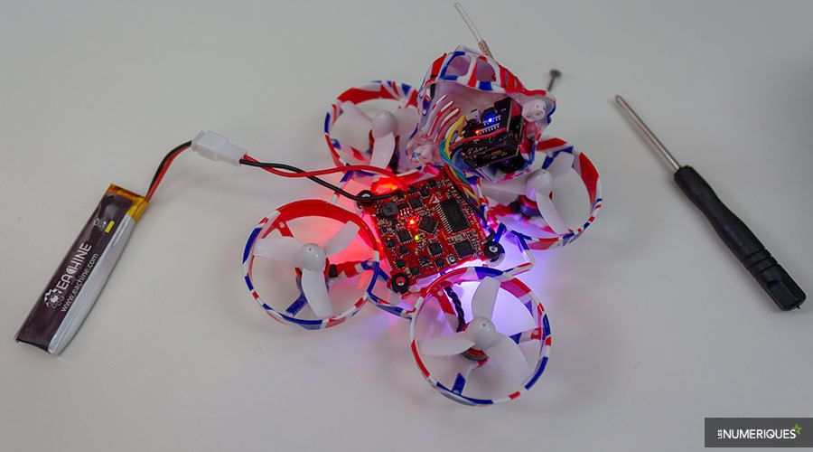 Mini-drone_Quadrirotor_Eachine_UK65_Test_05.jpg