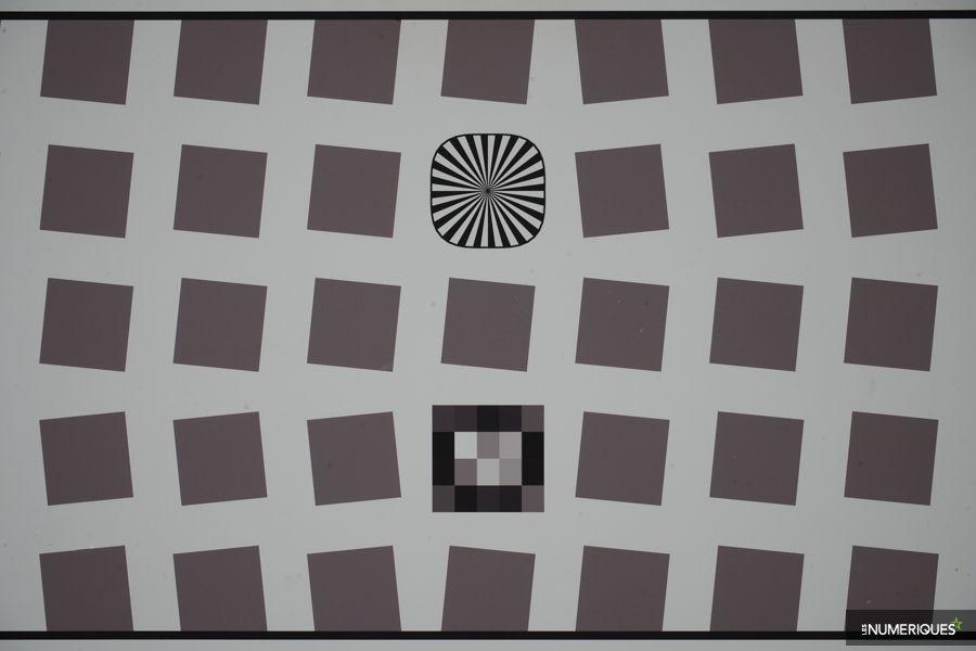 sony_28-70_OSS_distorsion_70mm.jpg