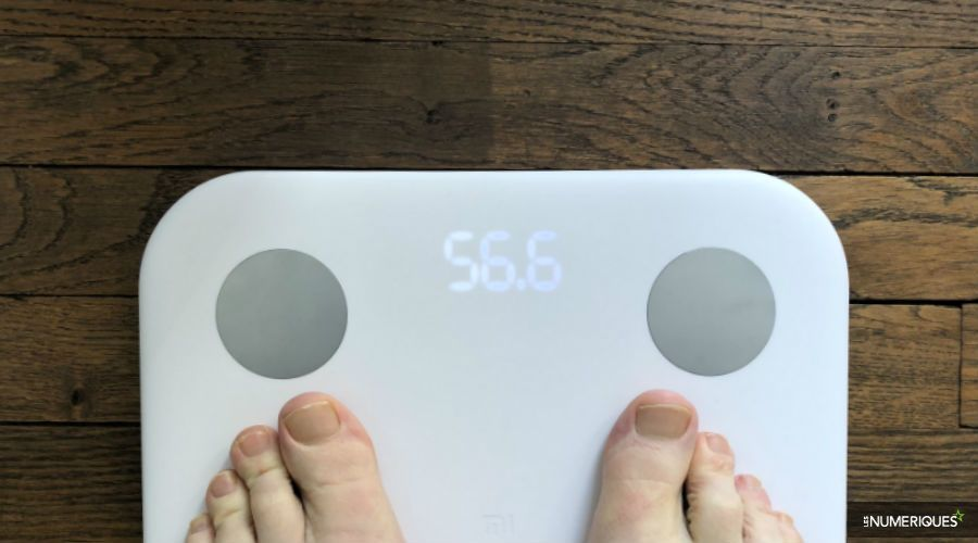 test-Xiaomi-Mi-Body-Composition -Scale-b.jpg