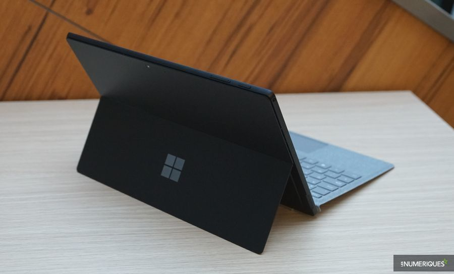 Surface Pro 5.JPG
