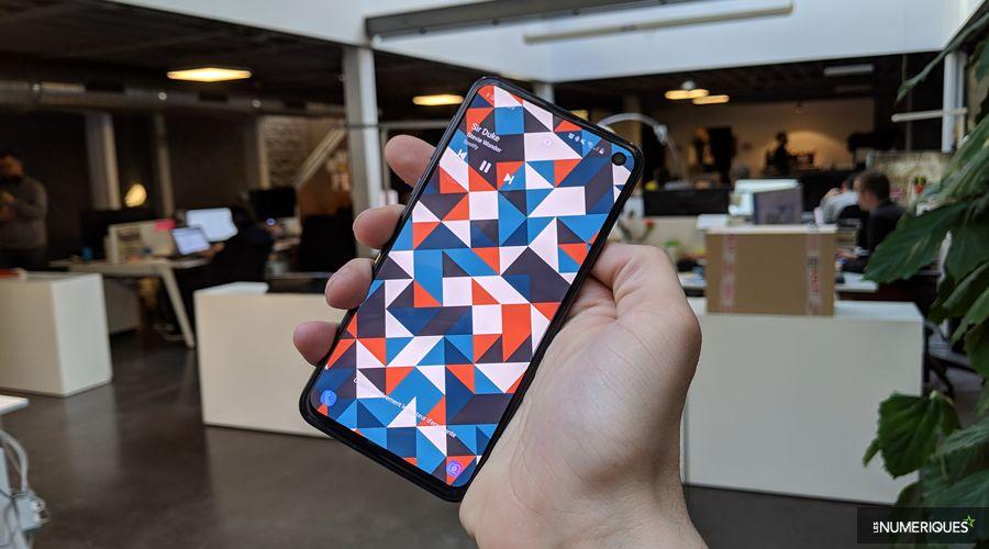 Samsung-Galaxy-S10e-04.jpg