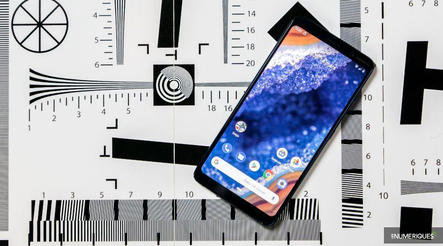 Nokia_9_Pureview_Plat_Bis.jpg
