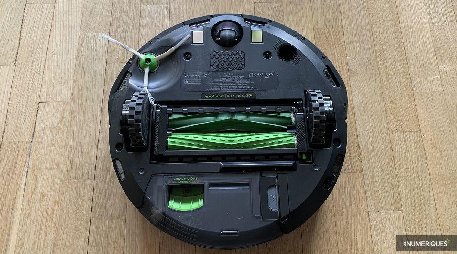 1_Test-Roomba-iRobot-i7+-brosses.jpg